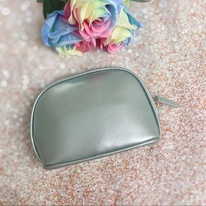 Brand new La Mer cosmetic travel makeup bag pouch